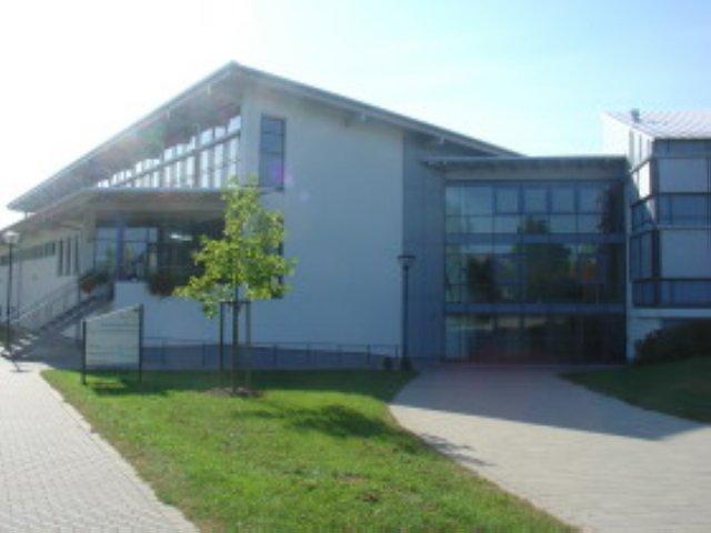 http://volleyball.sg-sportschule.de/wp-content/uploads/2019/09/mehrzweckhalle.jpg