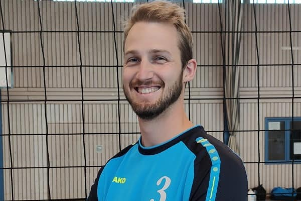 http://volleyball.sg-sportschule.de/wp-content/uploads/2020/09/jannik_1.jpg